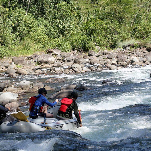 rafting-medio-dia-clase-III